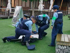 群馬県警が道の駅で無差別殺傷テロ対処訓練