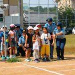 高知県警察学校の初任科生が児童に交通安全教室