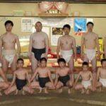 岩手県二戸署相撲部発足でちびっこ力士と交流