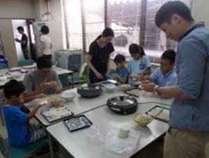 京都府山科署で「イクメン料理教室」を開催