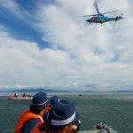 滋賀県警が琵琶湖水泳場で水難救助合同訓練