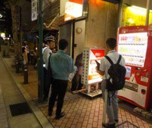 神奈川県警が歓楽街の合同査察・交通対策を実施