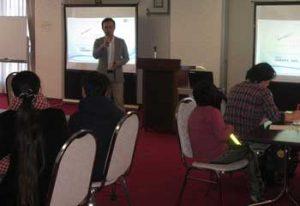 埼玉県警が親子で学ぶSNSの危険性講座を開催