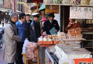 神奈川県警が横浜市と中華街の合同査察