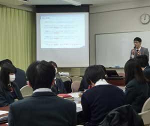 三重県警が情報通信技術学ぶ高校生にサイバー研修会開く
