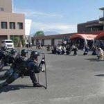 鹿児島県警機動隊管区機動隊の家族を招いた訓練見学会
