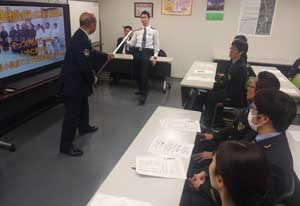 福岡県警鉄警隊が新幹線沿線鉄警隊と合同訓練