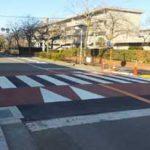大阪府警が「スムース横断歩道」と「ラウンドアバウト」で交通安全対策