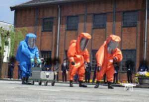京都府舞鶴署で実践的テロ対策訓練を実施