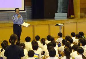 福岡県警が小学生児童を対象にスマホの安全利用啓発活動を展開