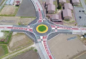 富山県上市町で県内初の「ラウンドアバウト」供用開始