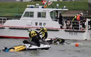 警視庁が江戸川河川敷で災害警備総合訓練
