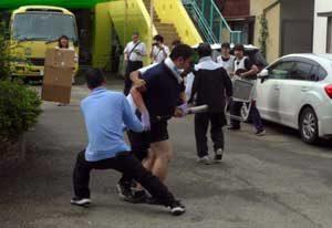高知県高知東署で不審者対応訓練を実施
