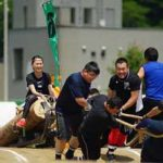 北海道北見署の力自慢が人間ばん馬大会で健闘