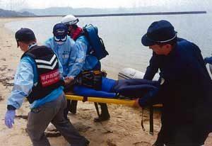 長崎県平戸署でドローン使った水難救助訓練