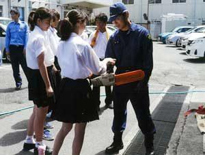 神奈川県多摩・海老名で生徒・児童招いたインターンシップ