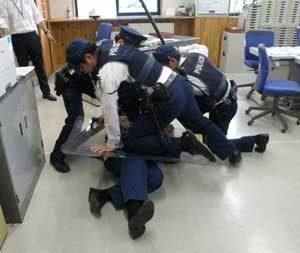 長野県警は県内全署・交番で実践的相談訓練の巡回指導を実施