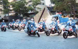 兵庫県警が民間事業者と横断歩行者守り隊を発足