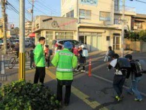 岡山県警で学生・地域の防犯ボランティア協働の児童見守り活動を開始