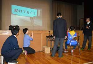 愛知県江南署でVR体験型の防犯教室を開始