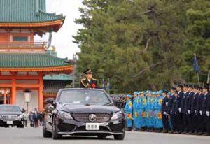 京都府警で威風堂々の年頭視閲式