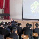 佐賀県佐賀南署の井手署長が母校で講演