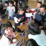 広島県三次署員が保育所で体験実習