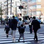 警視庁で児童たち見守る交通街頭配置を実施