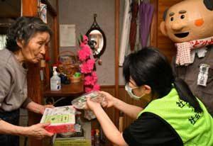 山形県尾花沢署が「せんぼんだんご」で詐欺被害防止を啓発