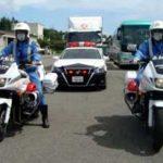 青森県警高速隊が事故防止への「ペースカー出発式」を開催