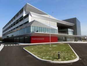 愛知県警運転免許試験場の新庁舎が完成