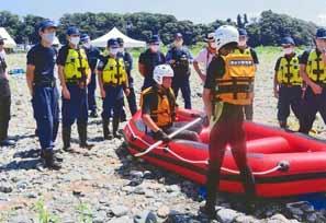 神奈川県相模原署が水難救助訓練を実施
