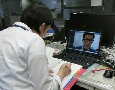 宮崎県警が国際警察センター入所予定者にオンラインの語学研修