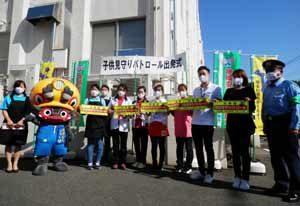 福岡県大牟田署で配食事業者の見守りパトロール隊を結成