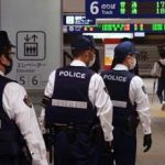 福岡県警鉄警隊が全隊員で博多駅の集団警戒