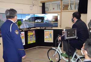 岐阜県岐阜中署で高校生対象のリモート自転車教室を実施