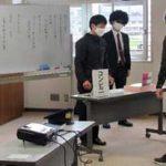富山県高岡署の若手劇団による詐欺被害防止教室が好評