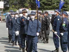埼玉県警で「機動隊本部長観閲」
