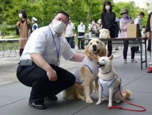 愛媛県警で「ドッグセラピー」の運用開始