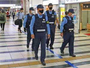 福岡県警鉄警隊が鉄道施設での警戒態勢を強化