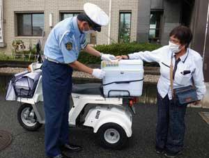 奈良県桜井署とヤクルトが「ながら見守り」と「横断歩行者保護」で連携