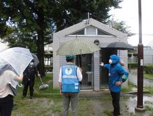愛知県中署が外国人児童集中学区で「まちの防犯診断」